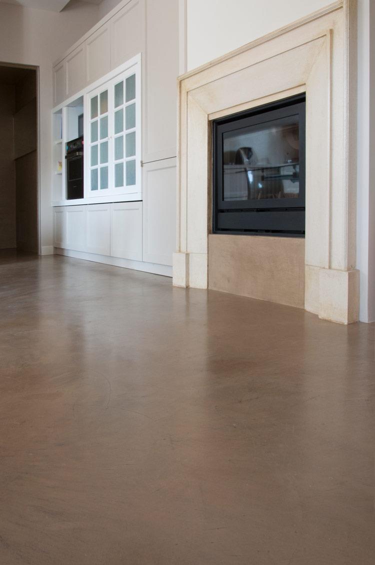Volta mantovana resine per interior design a parete a pavimento e a soffitto per casa privata - Pavimento per casa ...