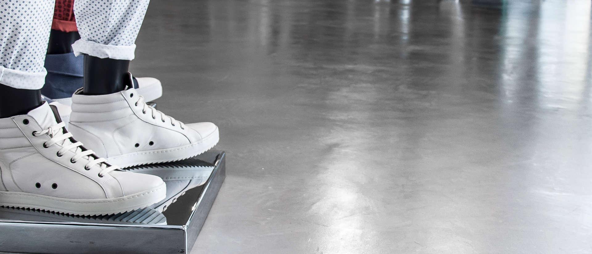 Resine Sberna: Tecnica Materica, resine per pavimenti, resine per ...